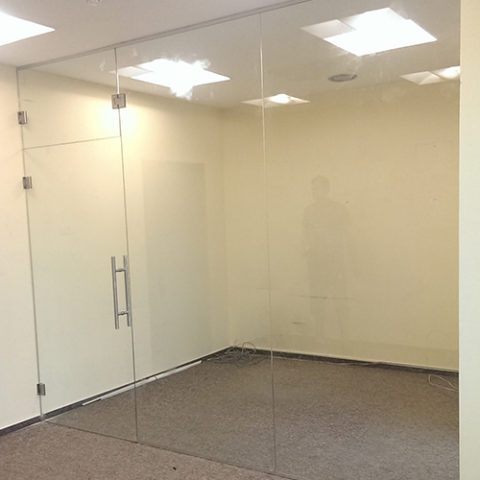 Compartimentare sticla securizata birou